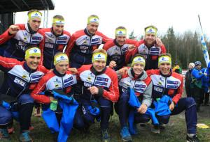 Fredric Portin (edessä oikealla) iloitsi viikonloppuna 10-milan kakkossijasta Halden SK:n paidassa. Kuva: Erik Borg