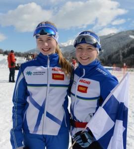 Sanni Oikkonen (vas.) ja Liisa Nenonen avasivat Suomen mitalitilin Itävallassa.